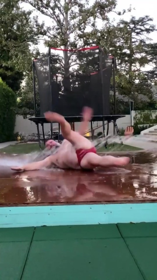 Jack Black does WAP dance challenge on TikTok