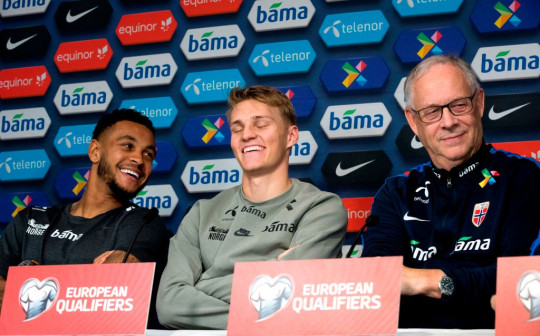 Joshua King and Martin Odegaard at a Norway press conference