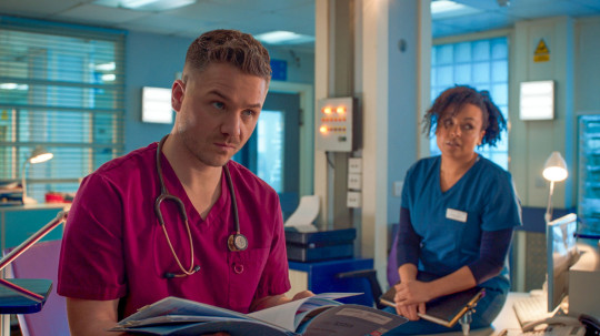 Dom and Donna in Holby City