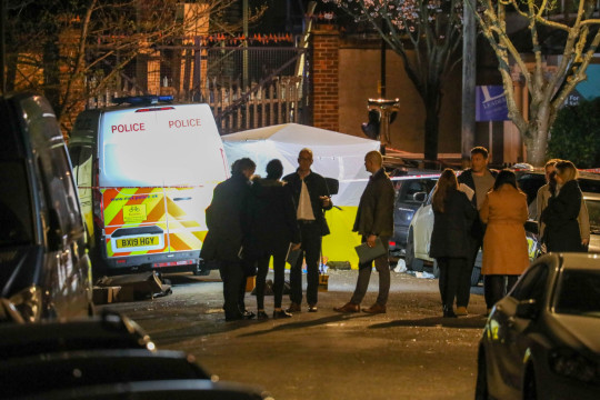 Officers from the Met Police have this evening launched a murder investigation after a man was stabbed to death and two others were injured on Alpha Road in Croydon, south London.