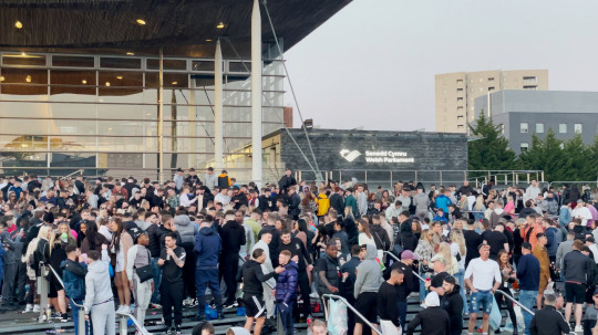 Large gathering at Cardiff Bay party amid lockdown easing