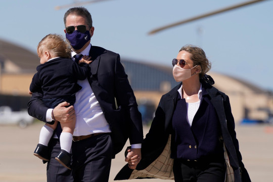 Hunter Biden with wife Melissa and their son Beau
