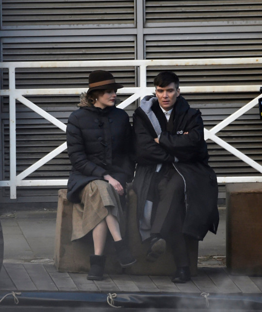 Cillian Murphy seen filming scenes with Amber Anderson for the final series of Peaky Blinders in Manchester. Pictured: Amber Anderson,Cillian Murphy Ref: SPL5225294 050521 NON-EXCLUSIVE Picture by: SplashNews.com Splash News and Pictures USA: +1 310-525-5808 London: +44 (0)20 8126 1009 Berlin: +49 175 3764 166 photodesk@splashnews.com World Rights,