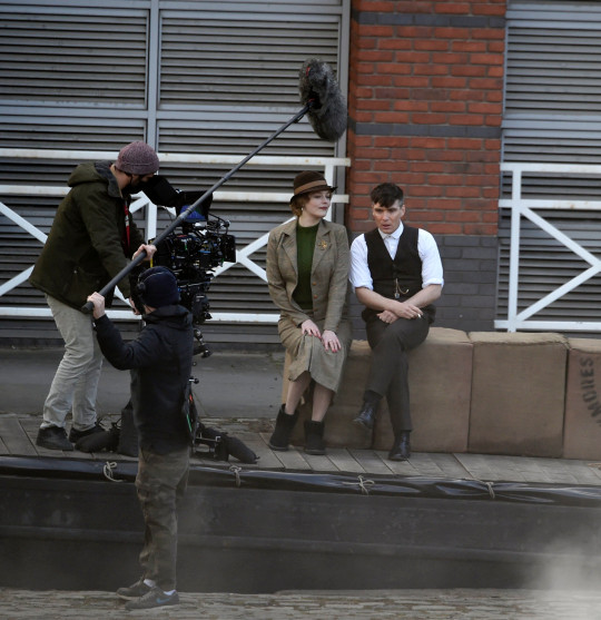 Cillian Murphy seen filming scenes with Amber Anderson for the final series of Peaky Blinders in Manchester Pictured: Ref: SPL5225294 050521 NON-EXCLUSIVE Picture by: SplashNews.com Splash News and Pictures USA: +1 310-525-5808 London: +44 (0)20 8126 1009 Berlin: +49 175 3764 166 photodesk@splashnews.com World Rights
