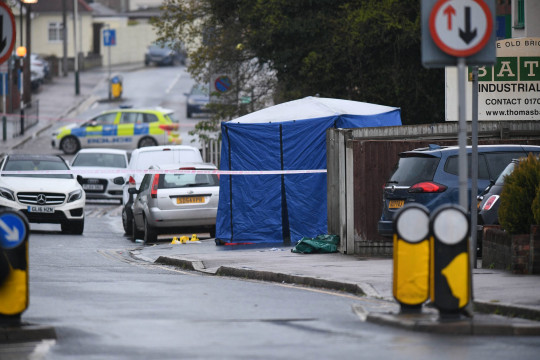 ?Licensed to London News Pictures; 08/05/2021, London UK; Met Detectives seal off Church road in Harold Wood, Romford, East London after a boy in his mid teens was found with stab injuries. Emergency services were called yesterday at around 18.41 but were unable to save him and a murder investigation has been launched : Photo credit, Steve Poston/LNP