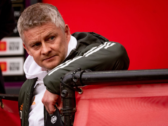 Ole Gunnar Solskjaer looks on during Manchester United's clash with Liverpool