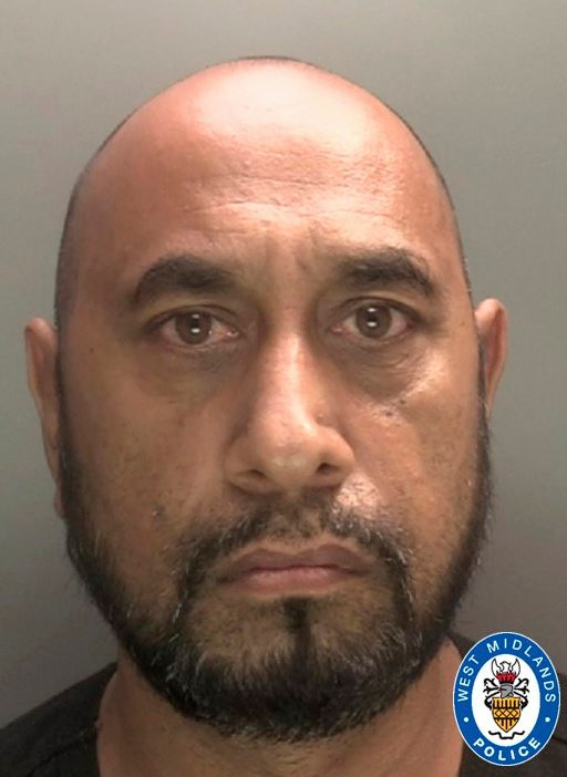 Mohammed Nawaz. Mohammed Nawaz and Raja Malik have been handed suspended jail sentences for assaulting a Dudley council worker while they were trying to issue a littering fine in Birmingham.