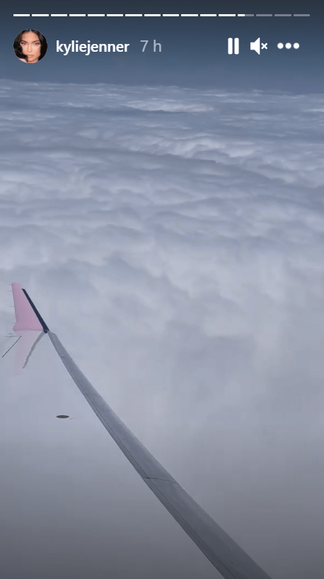 Kylie Jenner over-wing video on her private jet