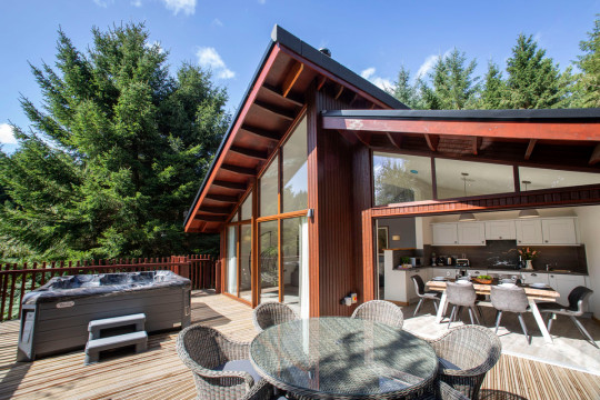 forest holidays white willow cabin