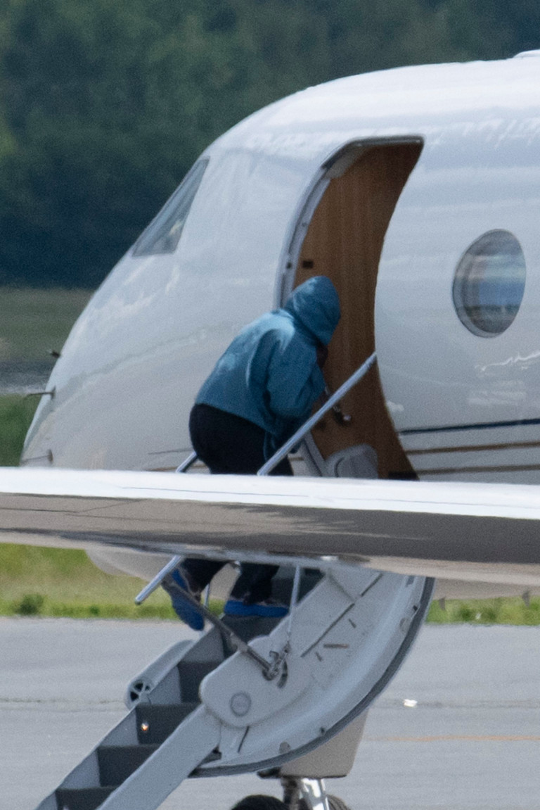 Hot new couple Irina Shayk and Kanye West touchdown at New York's Teterboro Airport today (June 9) after jetting back from Provence, where they spent Kanye's 44th birthday living it up at a luxurious boutique hotel. Pictured: Kanye West Ref: SPL5231575 090621 NON-EXCLUSIVE Picture by: SplashNews.com Splash News and Pictures USA: +1 310-525-5808 London: +44 (0)20 8126 1009 Berlin: +49 175 3764 166 photodesk@splashnews.com World Rights,
