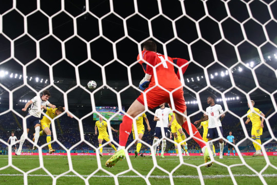 Harry Maguire doubles England's lead against Ukraine at Euro 2020