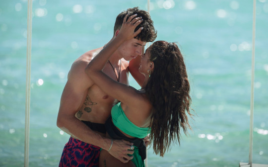 Cam Holmes and Emily Miller on Too Hot to Handle
