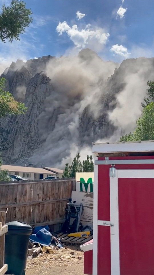 Dust rising from side of cliff after an earthquake in Coleville, California, U.S. July 8, 2021 in this still image from a social media video. Meadowcliff Lodge Coleville-Walker Koa/via REUTERS ATTENTION EDITORS - THIS IMAGE HAS BEEN SUPPLIED BY A THIRD PARTY. MANDATORY CREDIT. MUST CREDIT MEADOWCLIFF LODGE COLEVILLE-WALKER KOA. NO RESALES. NO ARCHIVES.