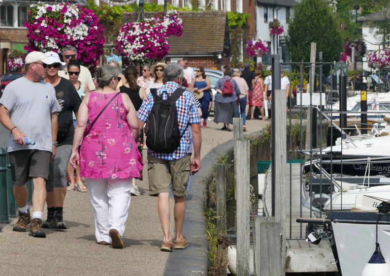 Mandatory Credit: Photo by Geoffrey Swaine/REX/Shutterstock (12419759a) People make the most of the hot snap along The Thames Path Seasonal weather, henley on Thames, Oxfordshire, UK - 06 Sep 2021