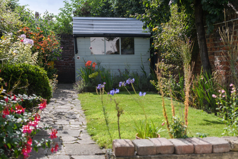 What I Rent, Hannah, £875 for a two-bedroom house in York: garden with shed