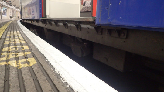 The passenger struggled to set himself free for more than a minute before the train departed (Picture: Rail Accident Investigation Branch)